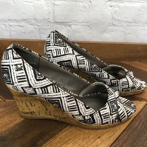Life Stride Tribal Print Wedges